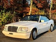 Mercedes-Benz A124 Cabriolet E 220