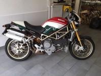 Ducati 1000 S4R-S Monster Testastretta