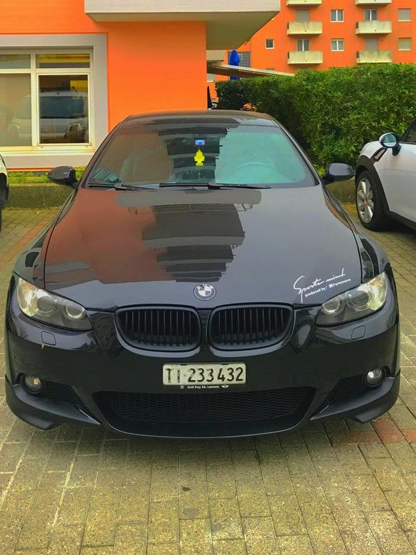 BMW E92 330i BMW 1