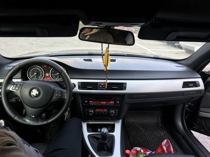 BMW E92 330i BMW 3