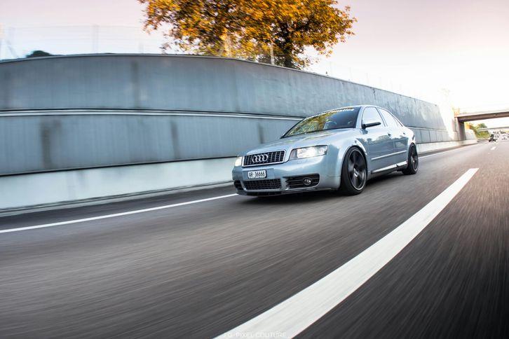 Audi S4 4.2 V8  Audi 2