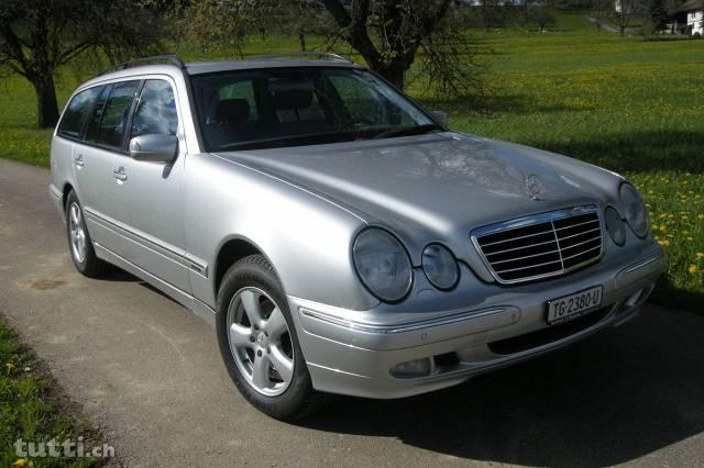 Mercedes E320 Kombi, 4-matic (4x4), silber met. mit  AHK Mercedes 1