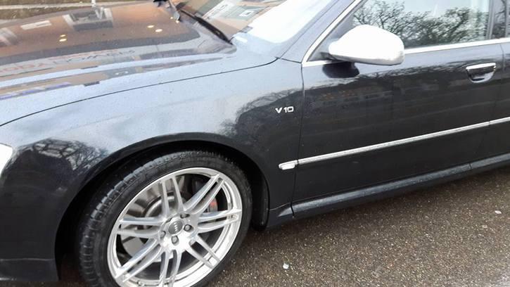 Luxus Sportwagen - Audi A8 V10 Quattro Tiptronic Audi 2