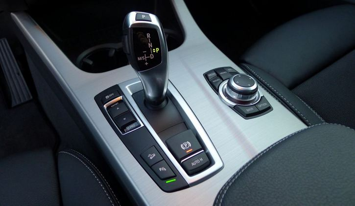 BMW X3 2.0 xDrive M-Sportpaket Audi 4