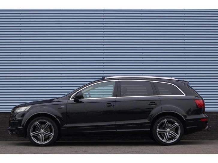 Audi Q7 Audi 4