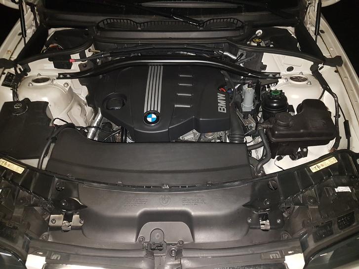BMW X3 xDRIVE20d BMW 2