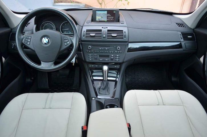 BMW X3 xDRIVE20d BMW 3