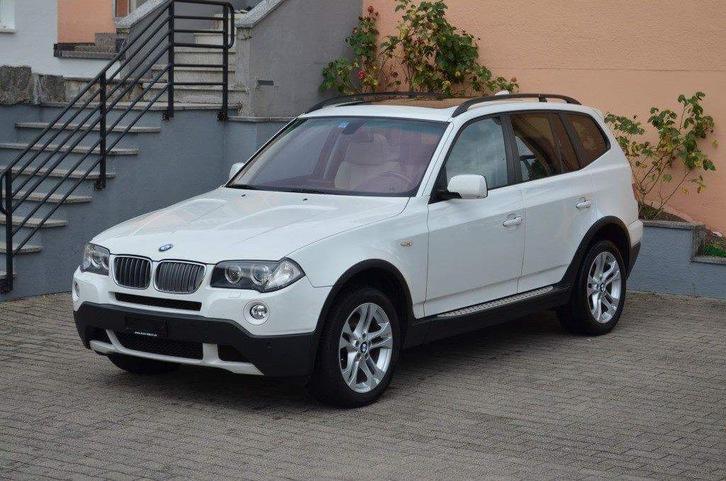 BMW X3 xDRIVE20d BMW 4