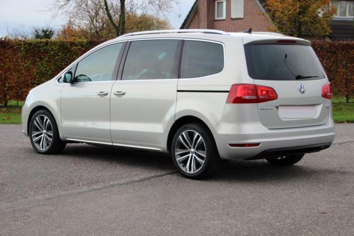 Volkswagen Sharan 2.0 TDI 177 PS, Pano, Navi, 7-Sitzer, 77.d VW 1