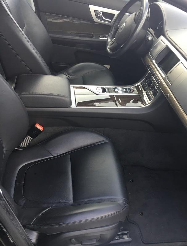 Jaguar XF 2.2d Sportbrake zu Verkaufen Jaguar 3