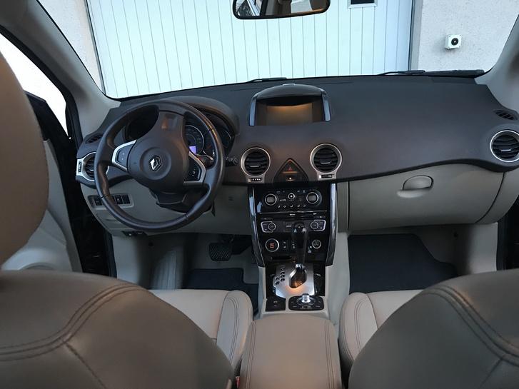 Koleos 2.5 Expression 4X4 Vollausgestattet Renault 4