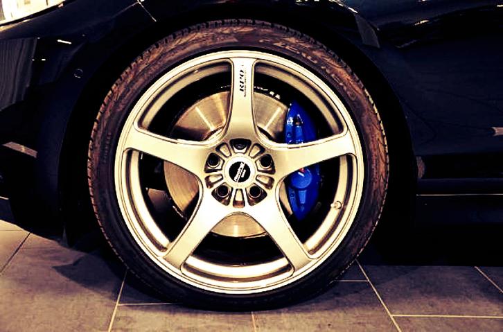 BMW M235i  (Coupé)  BMW 4