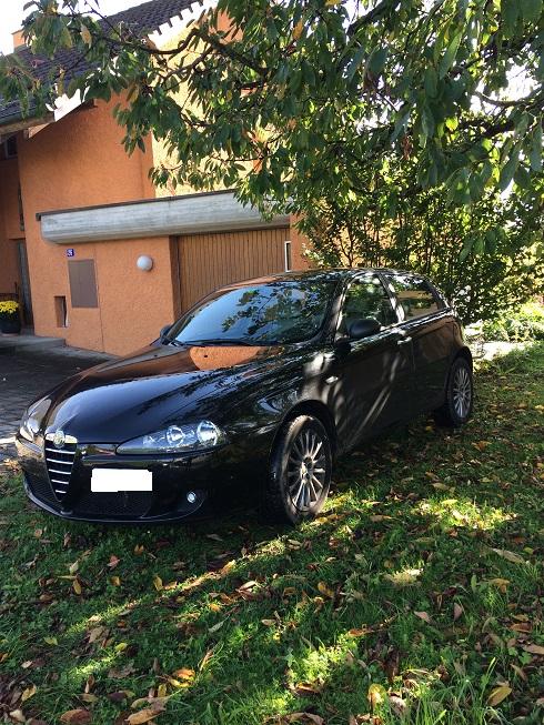 Alfa Romeo 147 1.9 JTD 16V Alfa Romeo 2