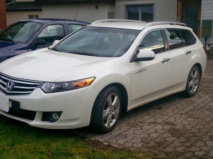 Honda Accord Tourer 2.2i  Honda 1