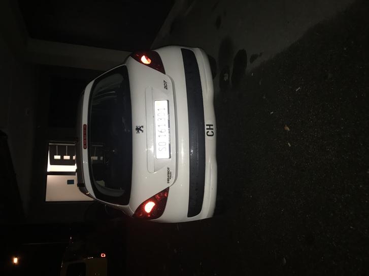 Peugeot 207 1.4l Peugeot 3