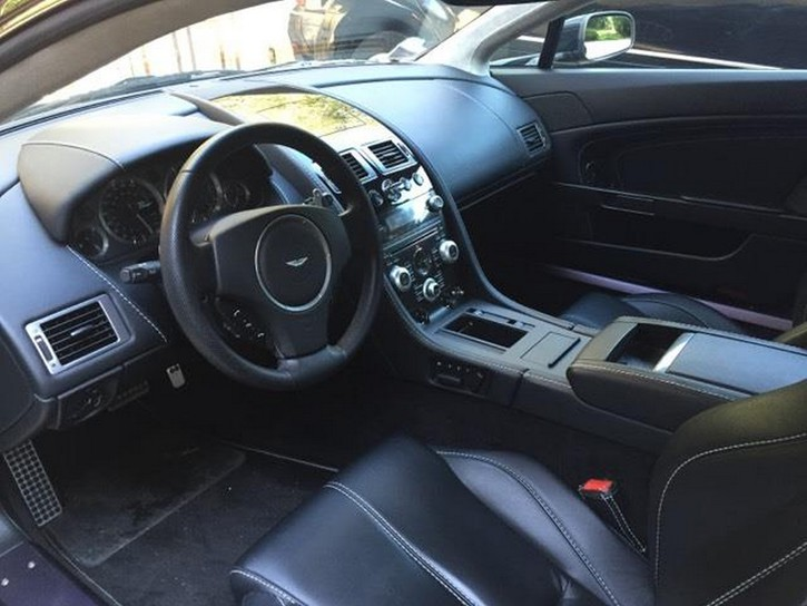 Aston Martin V8 Vantage S Sportshift Aston Martin 3