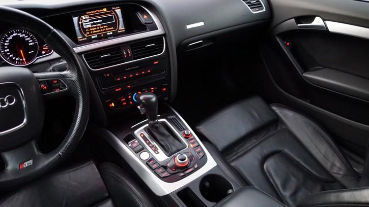 Audi A5  2.7 V6 TDI M-Tronic Audi 3