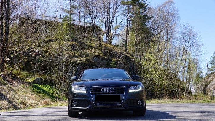 Audi A5  2.7 V6 TDI M-Tronic Audi 4