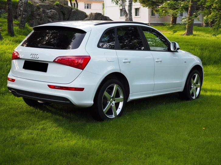 Audi Q5  2.0 TDI quattro Audi 1