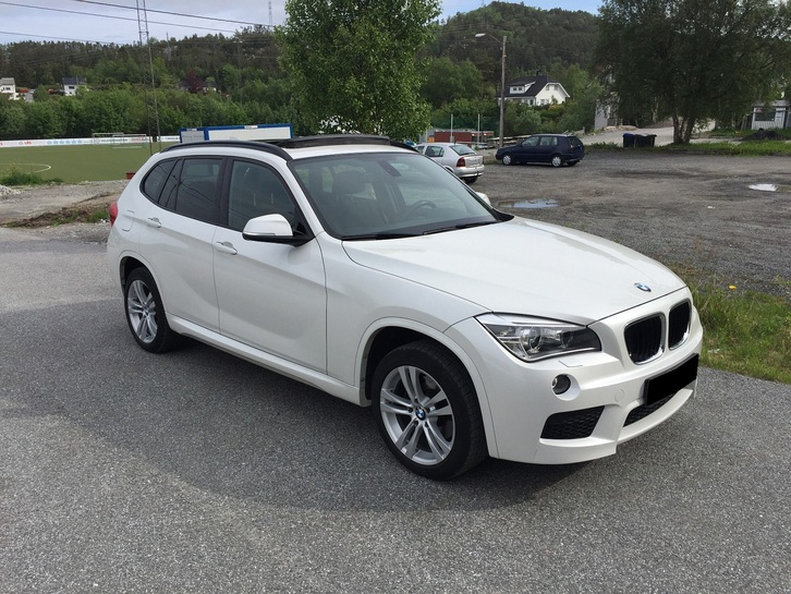 BMW X1 XDrive 18D ) M-Sport, Panorama, DVD BMW 1