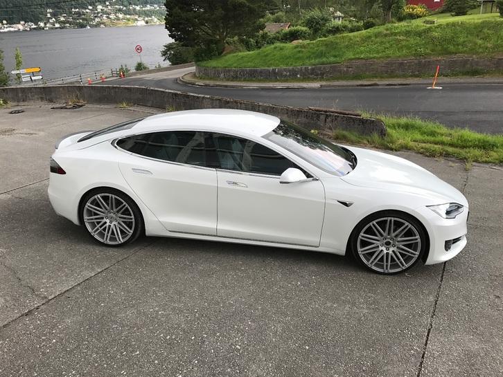 Tesla Model S  Tesla 2