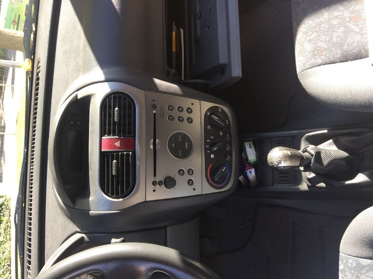 Opel Corsa 1.4 Sport Opel 3