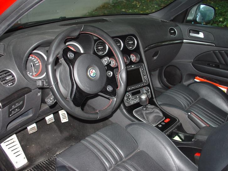 Alfa Romeo 159 SW 2.0 JTD T Alfa Romeo 4