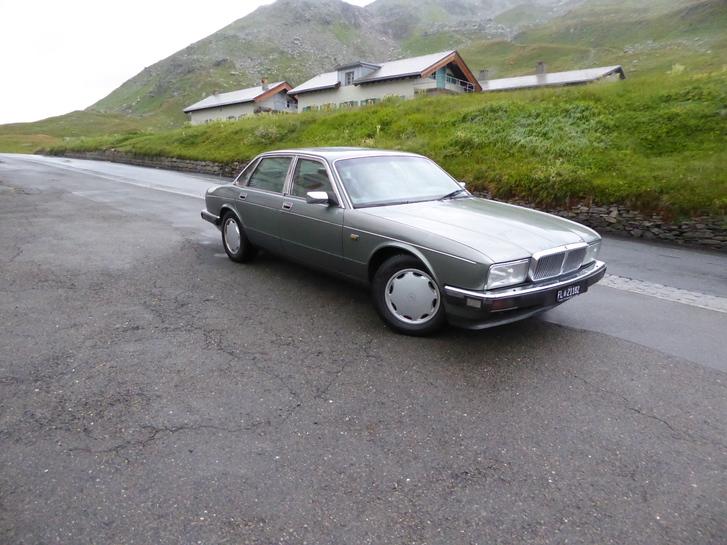 Jaguar Daimler XJ 4, Oldtimer ab Platz Jg. 1989 für Sammler 0793900605 Daimler 2