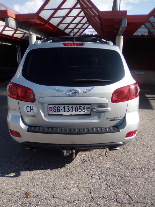 Hyundai Santa Fe 2.7 4WD Hyundai 3