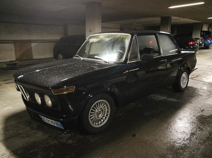BMW 2002 tii  BMW 3
