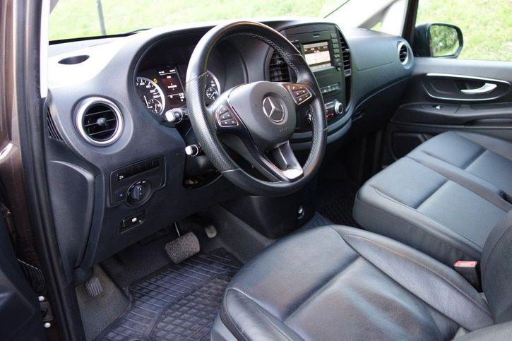 Vito V119  Mercedes-Benz 4