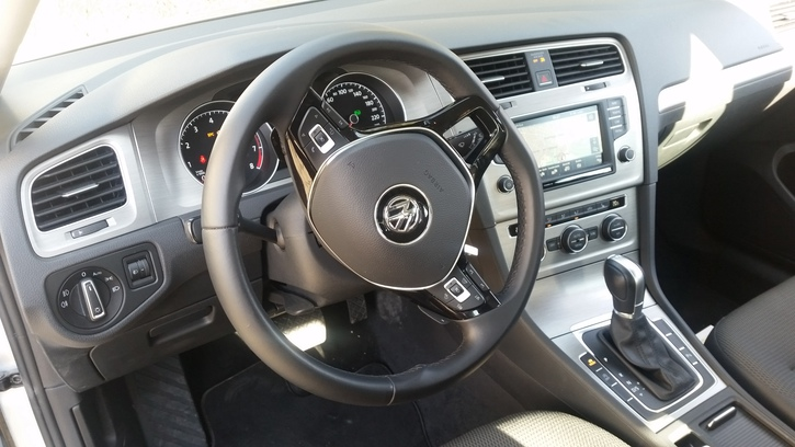 VW Golf 7 1.4 TSI Confort DSG Winterpaket VW 3