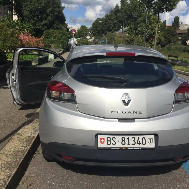 Renault Megane 82.000km Silber Renault 3