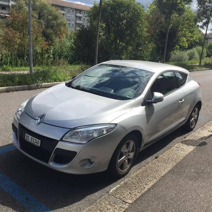 Renault Megane 82.000km Silber Renault 4