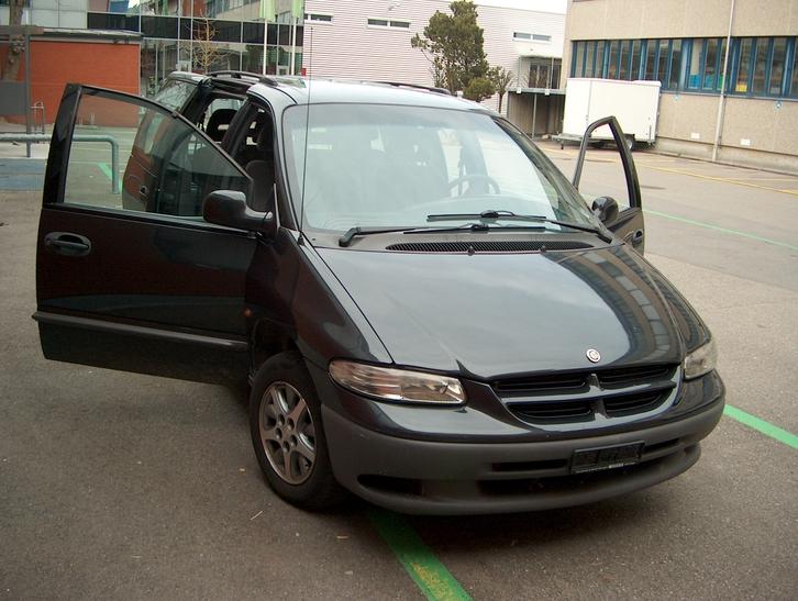Chrysler Voyager Minivan 7-Plätzer Chrysler 1