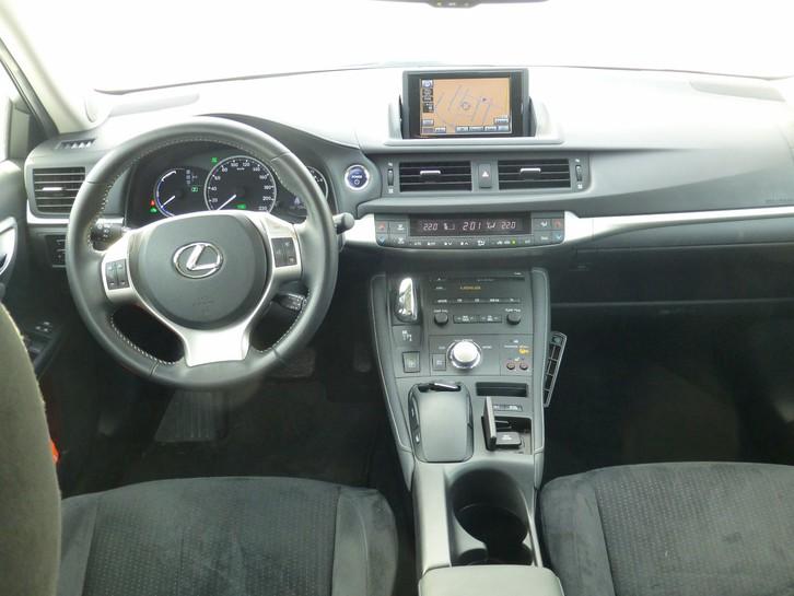 Lexus CT200h Comfort  Lexus 2
