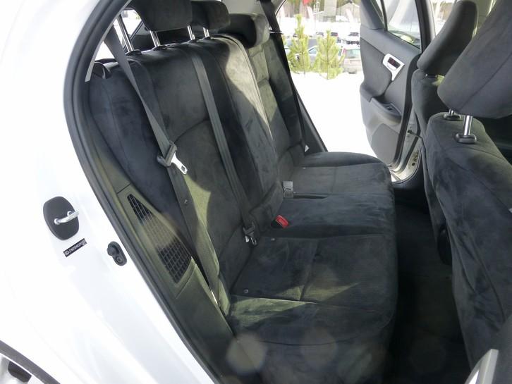 Lexus CT200h Comfort  Lexus 3