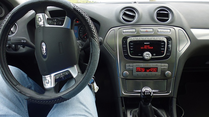 Mondeo Titanium 2,0 (Fliessheck) Benzin 145 PS Ford 3
