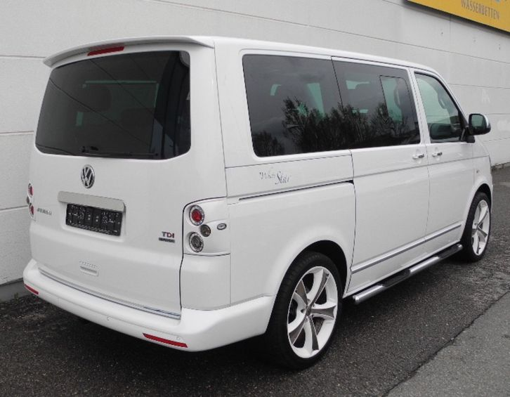 Volkswagen Multivan 4MOTION DSG Highline VW 3