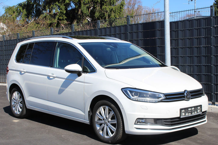 volkswagen touran 2 0 tdi highl 7 sitz leder navi pano. Black Bedroom Furniture Sets. Home Design Ideas
