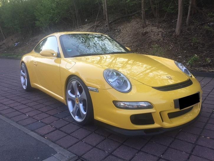 Porsche 911 Carrera Coupe Porsche 2
