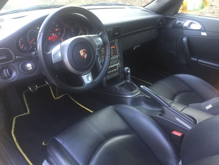 Porsche 911 Carrera Coupe Porsche 4