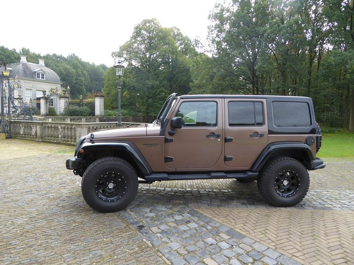 Jeep Wrangler - 2.8 CRD Sahara Jeep 2