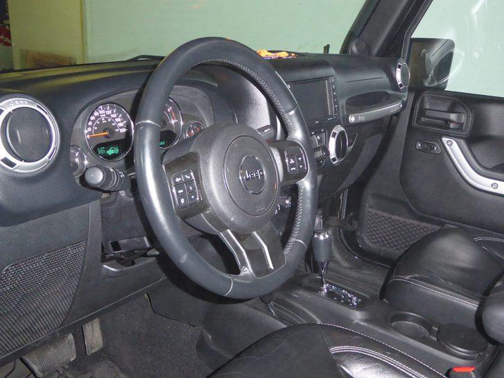 Jeep Wrangler - 2.8 CRD Sahara Jeep 3