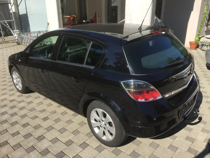 Opel Astra H 18R Automat Opel 1