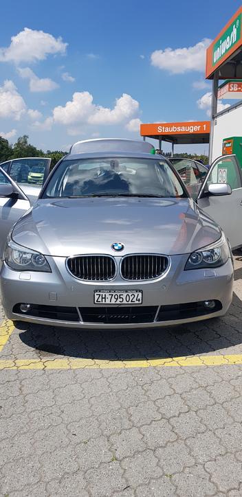 Bmw525xi BMW 1
