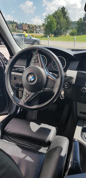 Bmw525xi BMW 2