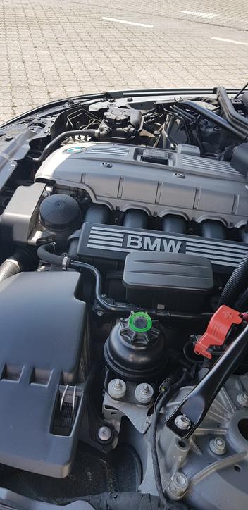 Bmw525xi BMW 4