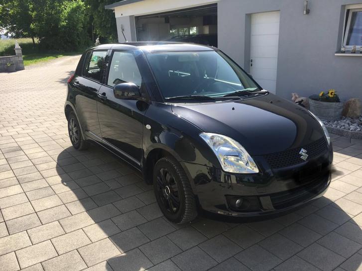 Suzuki Swift 1.3 4WD zu verkaufen Suzuki 1