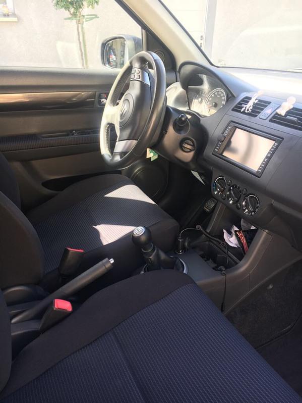 Suzuki Swift 1.3 4WD zu verkaufen Suzuki 2